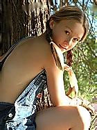 http://glamagic.com/galleries/josie-junior/p0014/ph.html