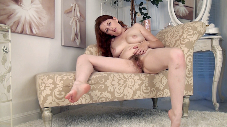 hairygirly jenny-smith-8