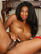 http://hairynakedgirls.com/galleries/atkhairy/4136/