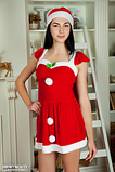 hosted showybeauty brunettesantastriptease 0000