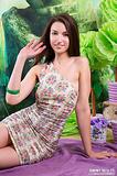 hosted showybeauty busty-cutie-striptease 0000