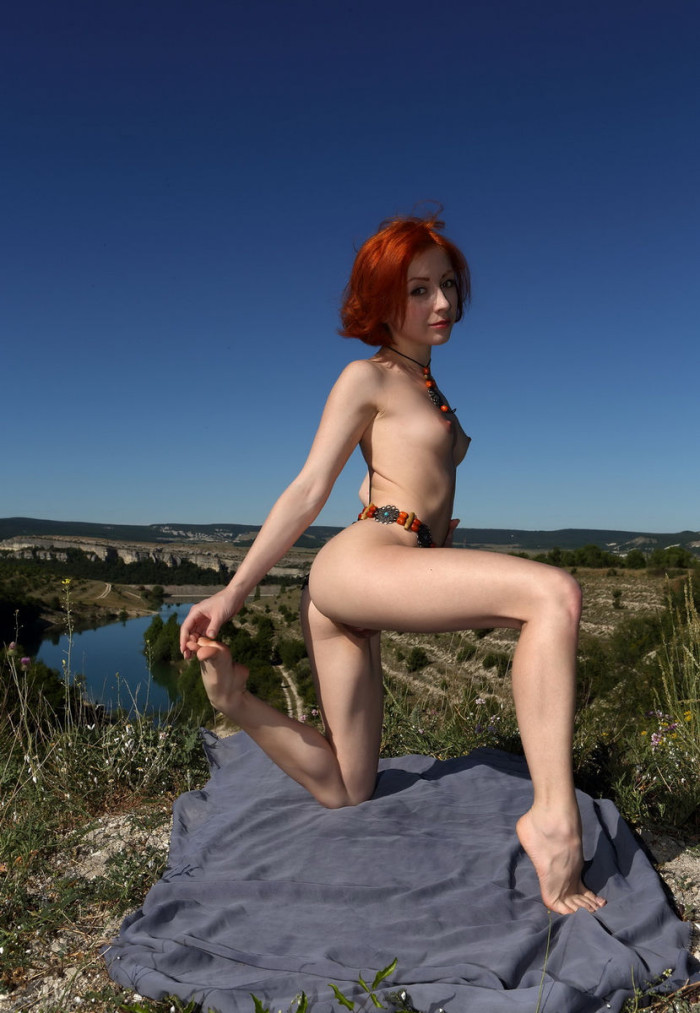 russiasexygirls 59761 beautiful-redhead-with-big-pussy