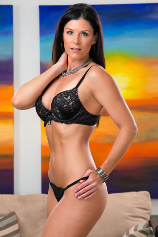 galleries naughtyamerica gallery us 23 4903 16391 unified_picture india_summer15