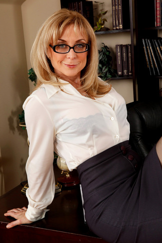 galleries naughtyamerica gallery us 23 2955 14253 unified_picture nina_hartley5