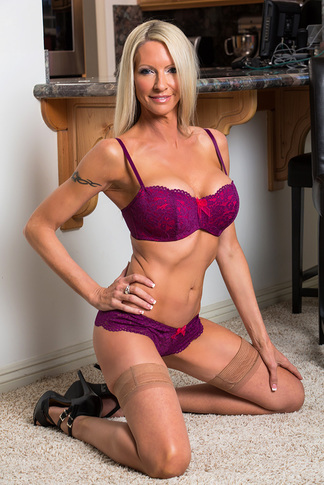galleries naughtyamerica gallery ug 23 5381 16867 unified_picture emma_starr14