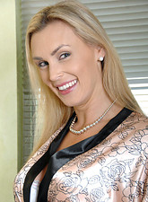 galleries anilos samples tanya_tate busty_anilos