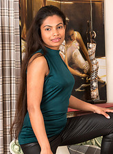 http://galleries.anilos.com/samples/alishaa_mae/mature_sexy/