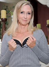 http://galleries.anilos.com/samples/annabelle_brady/hot_milf/