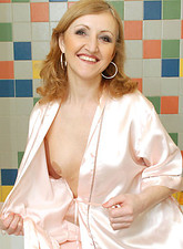 http://galleries.anilos.com/samples/jarka/mature_whore_/