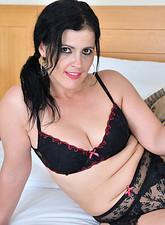 galleries anilos samples montse_swinger nude_woman