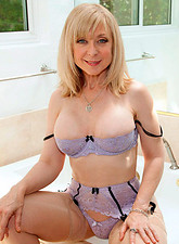 galleries anilos samples nina_hartley anilos_pic
