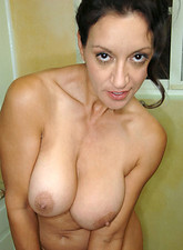 http://galleries.anilos.com/samples/persia_monir/cougar_milfs/