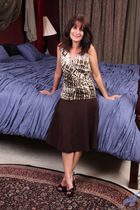 http://anilos.com/galleries/shelby_ray/1v_bedroom-antics/