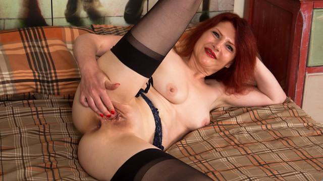 galleries anilos video cee_cee 1v_black-stockings