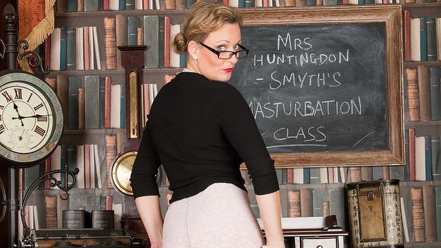 galleries anilos video mrs_huntingdon_smythe 3v_masturbation-class