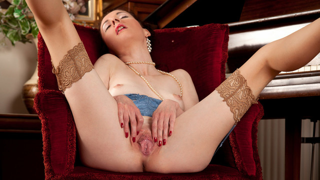 galleries anilos video stacey_robinson 2v_mature-and-horny