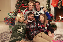 myfamilypies galleries christmas_family_sex photos