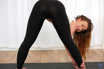 nubiles net galleries taylor_sands 4v_yoga-body photos