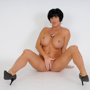 img freshmilfs fhg mature-lady-shay-blows-and-rides-dick-207