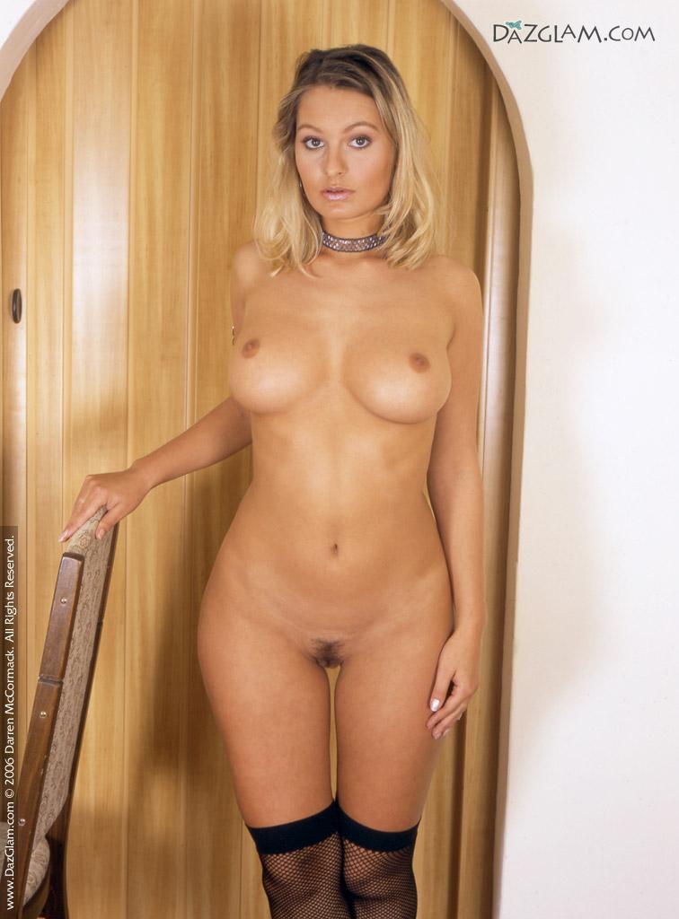 Close nude ups