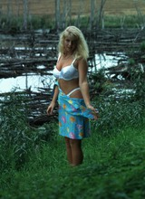 http://galleries2.adult-empire.com/9735/540003/2533/index.php
