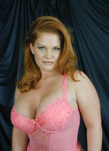 http://galleries2.adult-empire.com/9735/545875/1/index.php