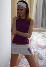 http://free.smackmybitch.com/models/Zanna/1305402199/