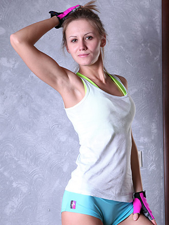 http://promo.averotica.com/gals/20150904-2803-sabrina/