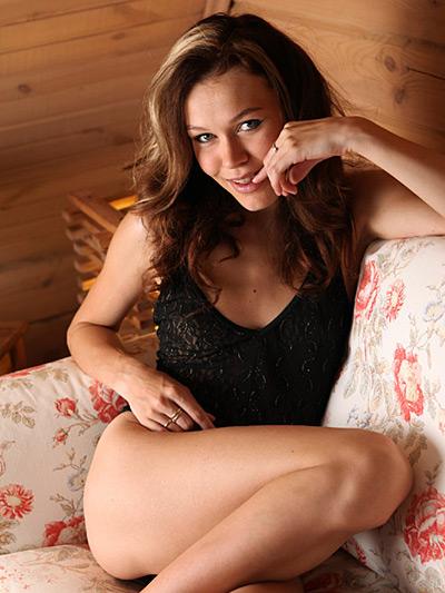 http://promo.averotica.com/gals/20130217-2016-brigitte/