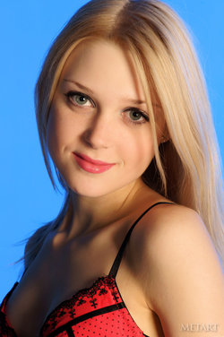 http://profiles.met-art.com/profile/32e5baf7449fed84d1f4256262967eda/
