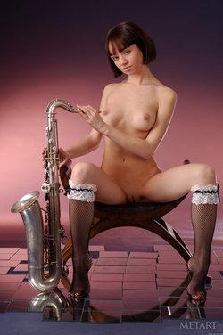 http://profiles.met-art.com/dbba201e799491b20797b5cf21ae30e1/