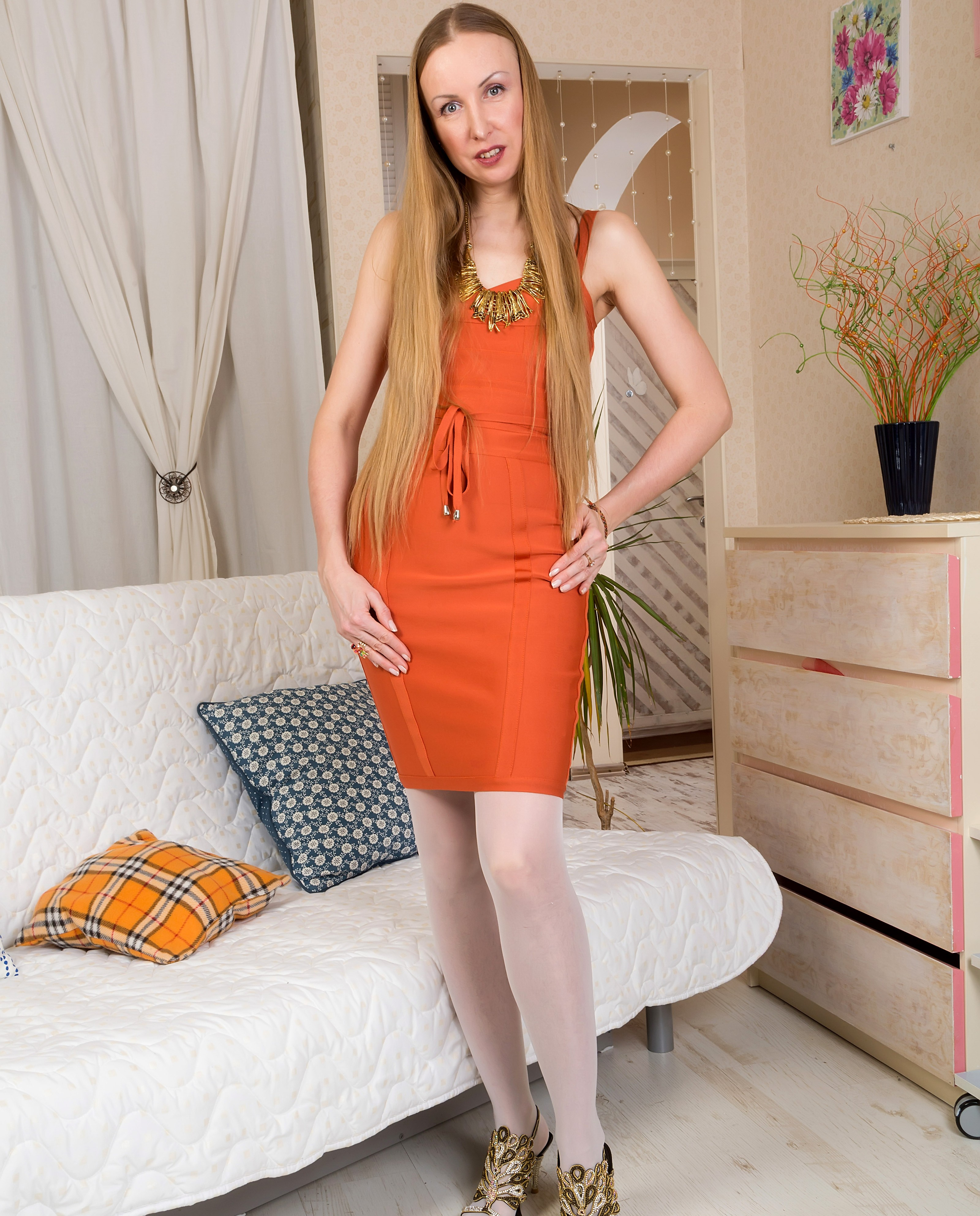 new allover30 Upcoming_Model Yulija 1429