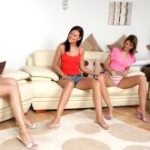 sapphicerotika pics ariannacharlyarina three_lesbian_girls alphathumbs