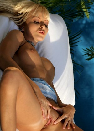 http://sexhd.pics/gallery/twistys/jana-cova/normal-blondes-hqsex/