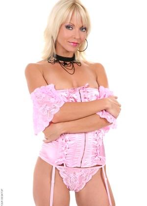 http://sexhd.pics/gallery/virtuagirlhd/jana-cova/elegant-blonde-xxxgirl/