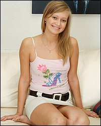 solo-teenies free my-precious-virgins pics 008-attracrive-teenie-strips-and-toys