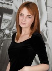 http://thehairylady.com/blog/sexy-english-girl-lola-gatsby-touching-hairy-pussy/