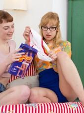 thehairylady blog lola-gatsby-licking-hairy-pussy-lesbian-girlfriend