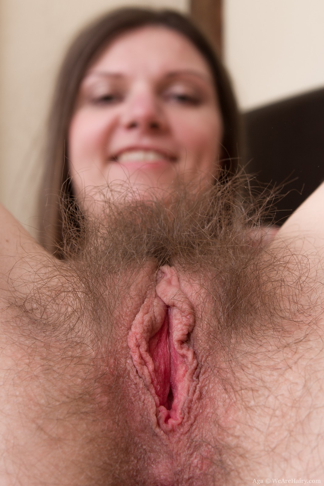 http://thehairylady.com/blog/slim-milf-aga-spreads-sweet-hairy-pussy/
