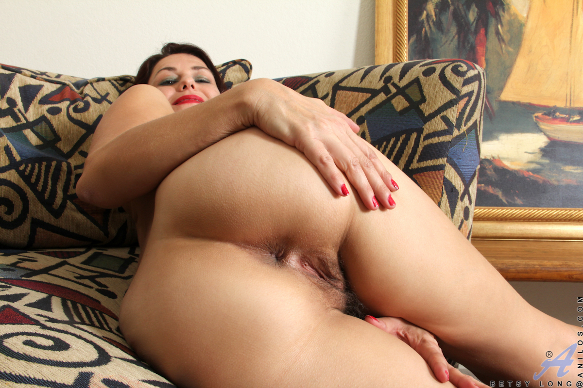 thehairylady blog amateur-mommy-betsy-long