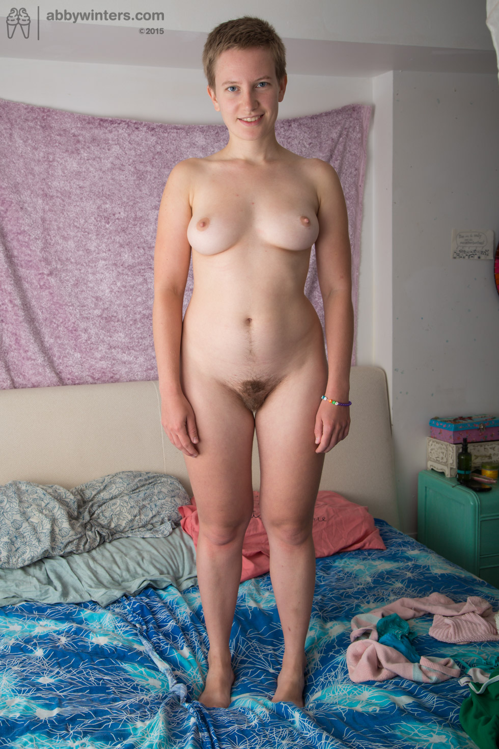 thehairylady blog short-hair-amateur-girl
