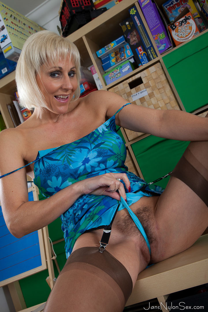 thehairylady blog hairy-uk-mature-jan-burton