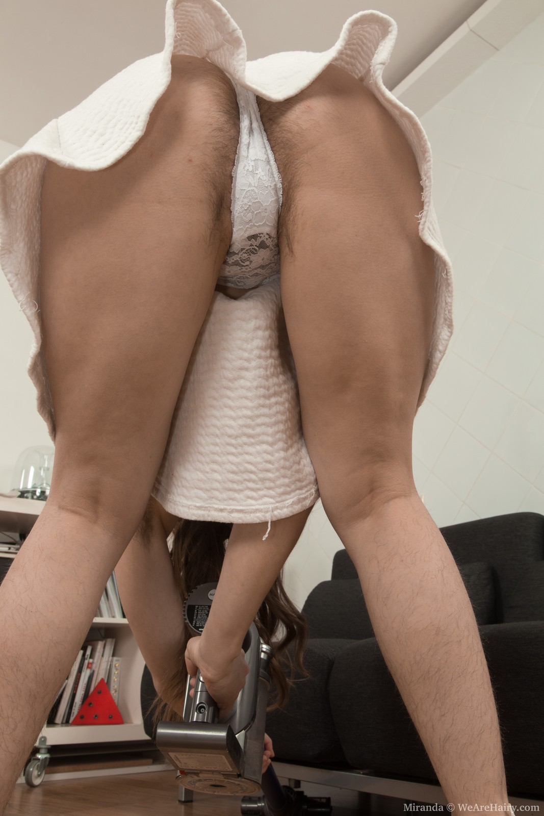 thehairylady blog miranda-dildoing-hairy-cunt