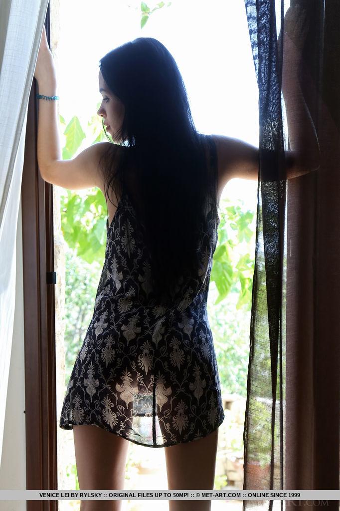 thehairylady blog beautiful-girl-venice-lei