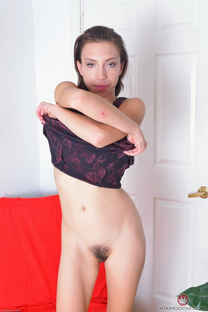 thehairylady blog amber-faye-showing-hairy-pussy