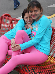 mpxgirls pics 2187 two-latina-girls-in-tight-pink-leggings-have-fun-in-the-park