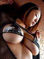 alsasianporn pics 99816 japanese-busty-model-hitomi-kitamura-posing