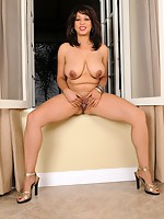 v2 angel-porns pics milfs allover30 0254-qy