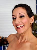 v2 angel-porns pics milfs allover30 3063-gn