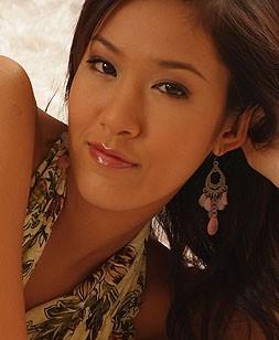 http://www.thaicuties.net/2001_irene_fah_006/1/
